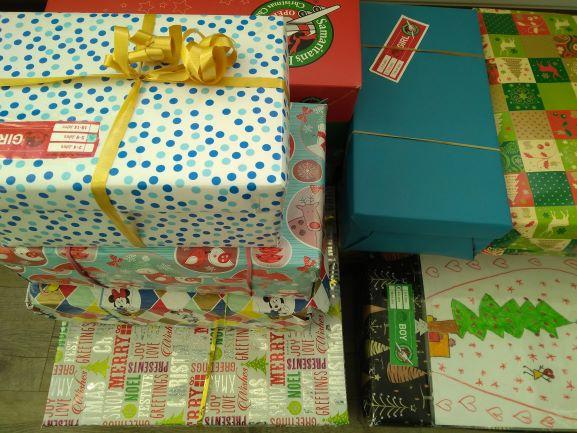 """DANKE für die Spenden zur Aktion """"Weihnachten im Schuhkarton"""""""
